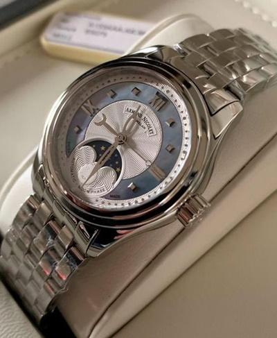 Снятся найденные или подаренные наручные часы